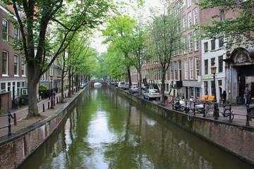 Un tranquillo canale di Amsterdam