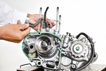 オートバイエンジンの整備