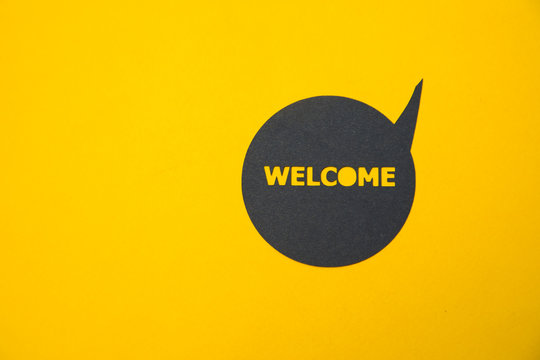 Speech bubble sticker with welcome.