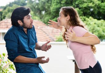 Lautstarker Beziehungsstreit