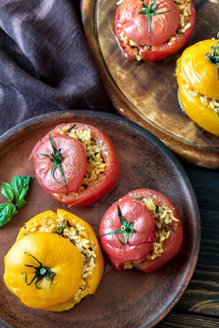 Stuffed tomatoes with brown and wild rice mix