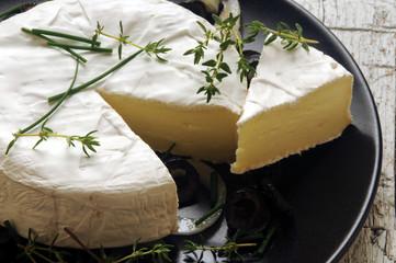 Camembert カマンベールチーズ Камамбер Καμαμπέρ 卡芒贝尔奶酪 Cheese 카망베르 치즈 کامامبر Камамбер Ser קממבר phó mát