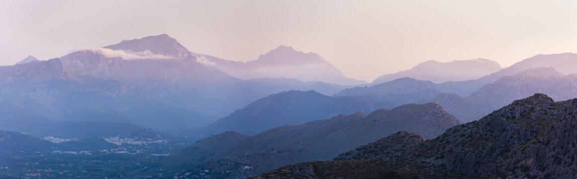 Late afternoon in the Sierra de Tramuntana de Mallorca