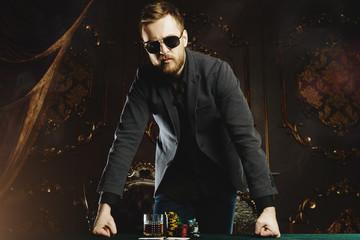 money gambling for men