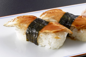 焼き穴子の握り寿司 (conger eel)