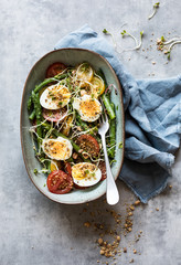 Tomato asparagus salad with eggs
