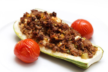 Zucchini stuffed with mince