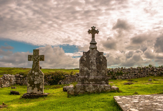 Old cemetery with Irish celtic cross, in Doolin, Ireland, Co. Clare.