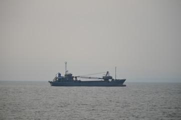 大分港の作業船