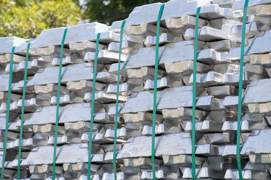 steel ingots, zinc bars or aluminium ingots, raw material for automotive part production