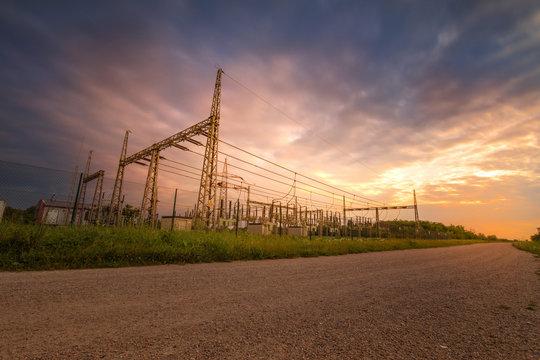 Umspannwerk - Stromerzeugung - Sonnenuntergang