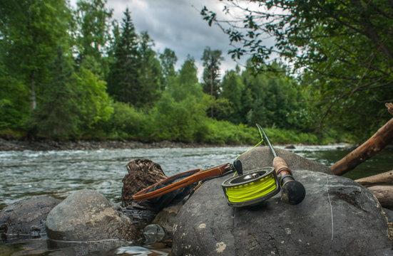 Fly Rod and Net - Steelhead Fishing