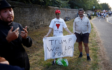 Pro-Trump demonstrators protest outside the grounds of Blenheim Palace, where U.S. President Donald Trump and the First Lady Melania Trump are attending a dinner with Britain's Prime Minister Theresa May and business leaders, near Oxford