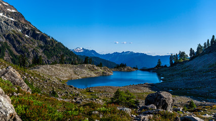 Beautiful wide shoot of snowy peak along the trail towards Mount Baker, Washington, USA. Whatcom county.