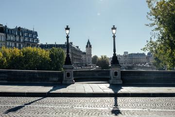 Pont parisien ancien