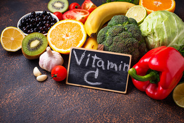 Food containing vitamin C. Healthy eating