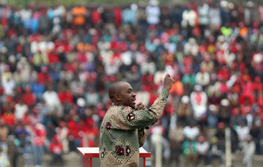 Zimbabwe's opposition party leader Nelson Chamisa gestures as he addresses a rally at Sakubva stadium in Mutare, Zimbabwe