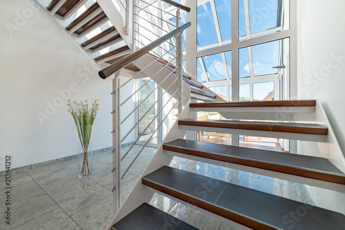 Treppenhaus Hell Modern Stock Photo And Royalty Free Images On