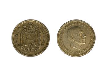 Moneda de 1 peseta de 1966 de Francisco Franco aislada sobre fondo blanco