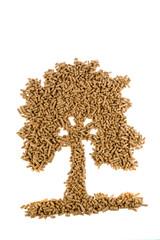 Baum aus Pellets. Heizen mit alternativer Energie