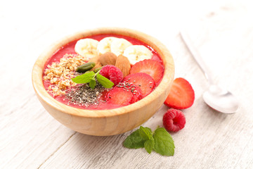 smoothie bowl with strawberry