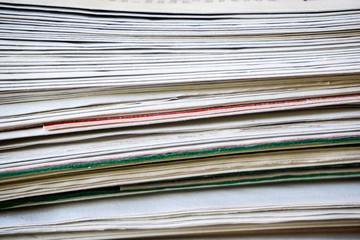 Papierstapel Zeitungsstapel stapel papier zeitungen