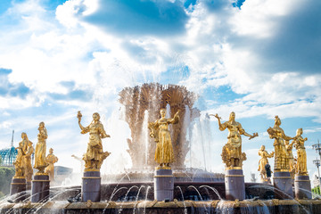 Fotobehang Fontaine Moscow, Russia July 17, 2018 VDNH Park fountain of friendship of peoples after restoration