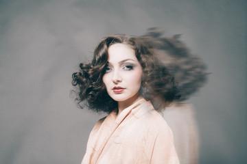 Portrait mouvement cheveux