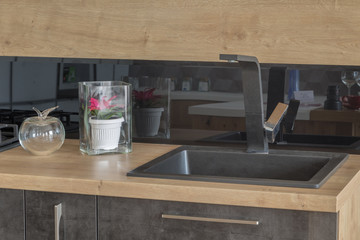 New design of dishwashing in the kitchen.