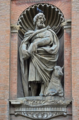 Italy, Bologna Saint Luke evangelist statue attributed to Giovanni Tedeschi  in the front of Santissimo Salvatore church.