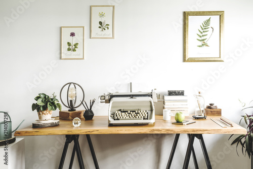 Great Stylish Home Office. Concept Of Inspirational Home Office Interior With  Wooden Desk And Vintage Typewriter