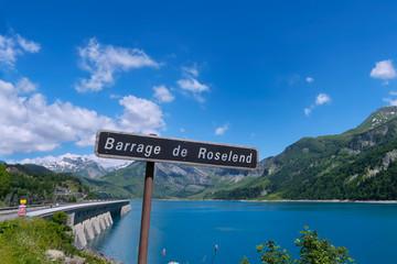 Venez visiter le barrage de Roselend en Savoie !
