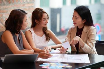 Business women discussing ideas
