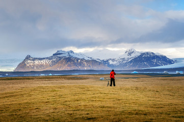 Photographer take a photo in Iceland.