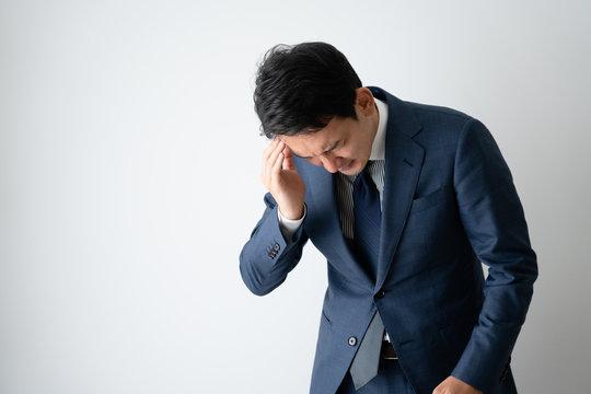 ビジネスマン、頭痛、ストレス