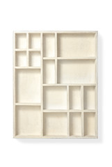 白い飾り棚