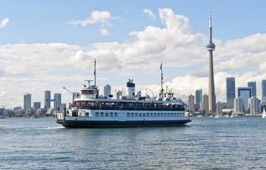 Fähre von Toronto nach Center Island, CN- Tower, Toronto, Provinz Ontario, Kanada, Nordamerika
