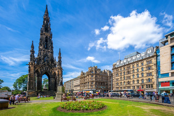 Scott Monument that commemorate  to Walter Scott Fototapete