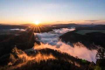 Sonnenaufgang Elbsandsteingebirge