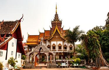 Große Dhamma-Halle im Tempel Wat Buppharam, Chiang Mai, Nordthailand, Südostasien