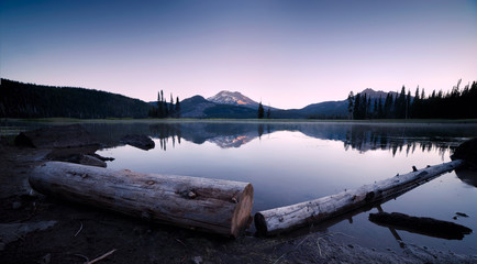 Sparks Lake in Central Oregon Cascade Lakes Highway, a popular outdoors vacation destination Wall mural