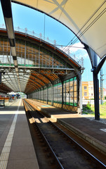 Peron dworca kolejowego.