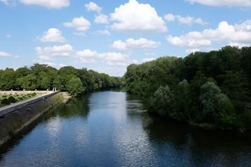 Fluss beim Schloss Chenonceau in Chenonceaux, Frankreich