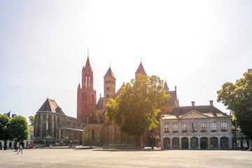Maastricht, Servatiusbasilika