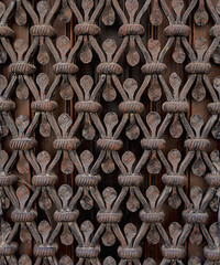 Detalle de una verja de hierro forjado