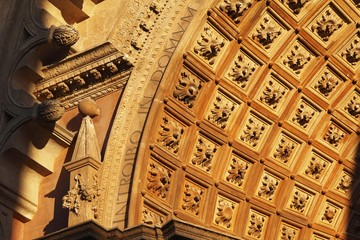 Detail at the main entrance, Porta de l'Almudaina, La Seu Cathedral, Palma de Majorca, Majorca, Balearic Islands, Spain, Europe
