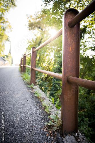 Rostiger Zaun Am Strassenrand Abendsonne Stock Photo And Royalty