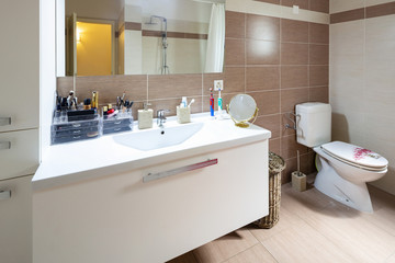 Spacious and bright bathroom with tiles