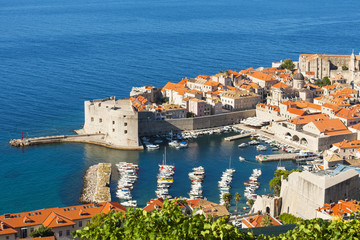 Croatia, Dubrovnik, view of the old town from Srdj