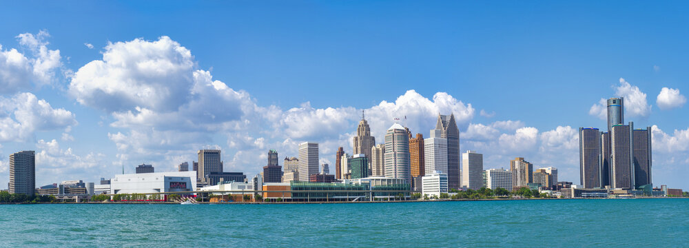 Panoramic view of Detroit skyline from Windsor, Ontario.